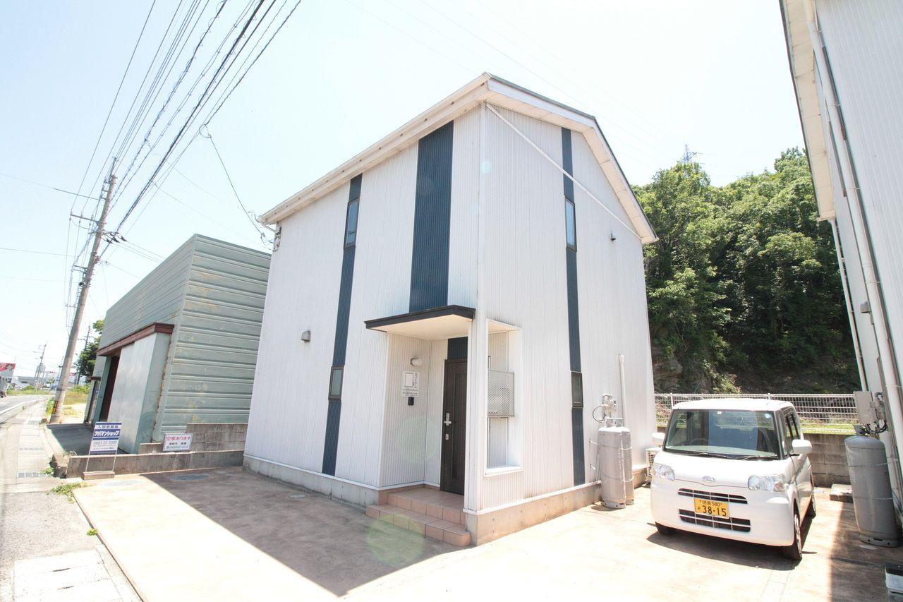 【石井町2LDK一戸建てタイプ(^^♪ホワイトホーム!】