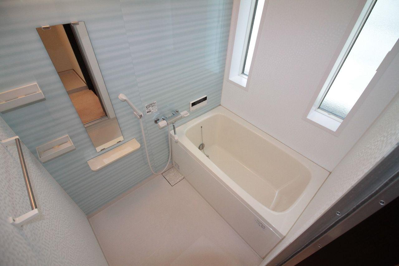石井町 ホワイトホーム浴室
