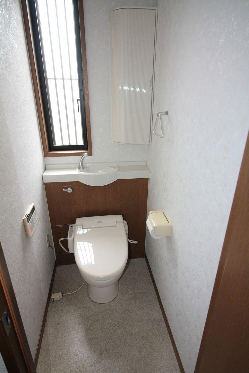 東吉野町1丁目 戸建 トイレ